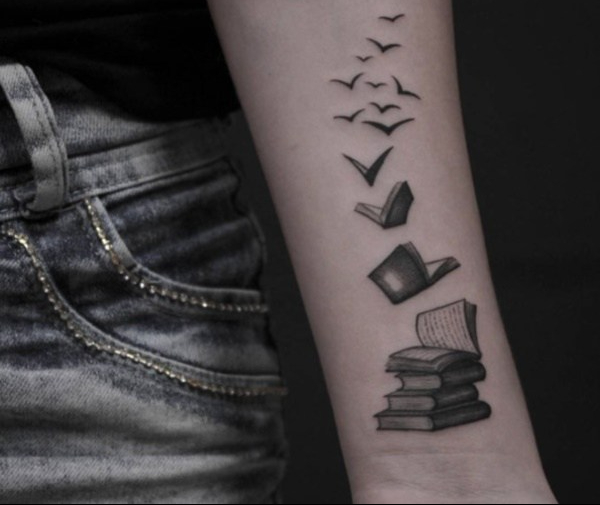 book-tattoos-ideas0371.jpg