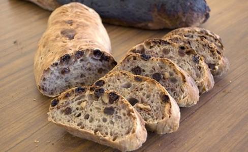 Peeta-Bread-600x369.jpg